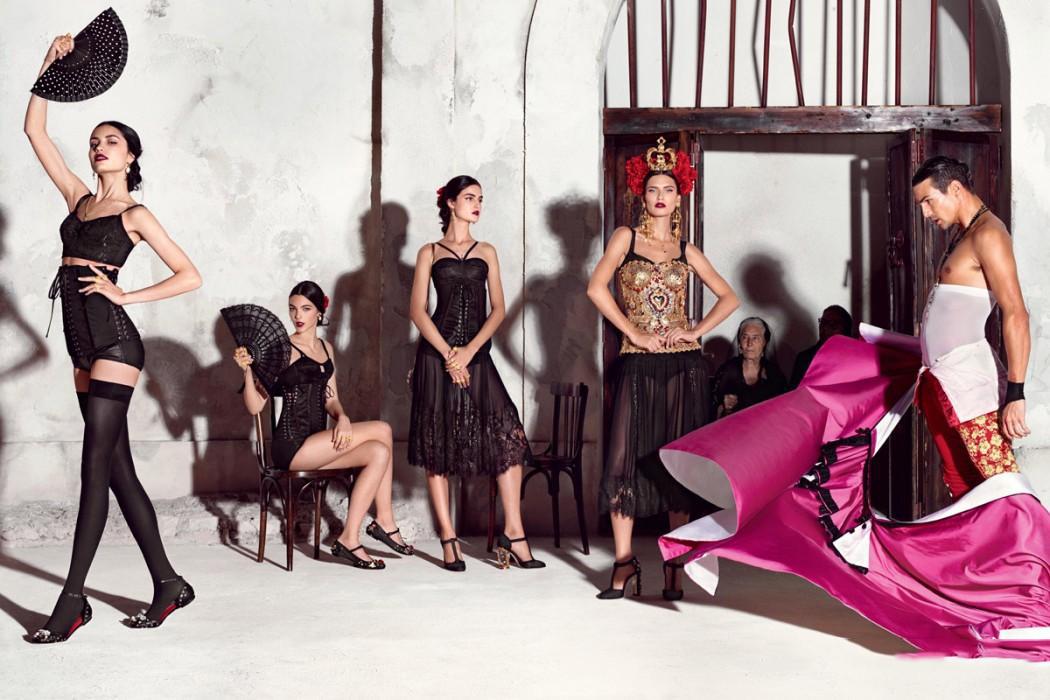 Dolce-Gabbana-Spring-Summer-2015-Womenswear-02-1050x700