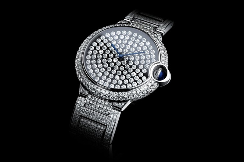 Cartier-Ballon-bleu_main