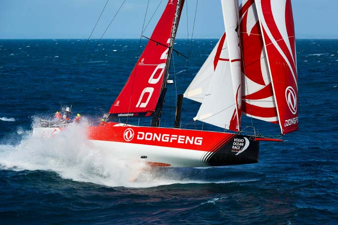 Dongfeng Race Team  win a spectacular  Cape Town In-Port Race